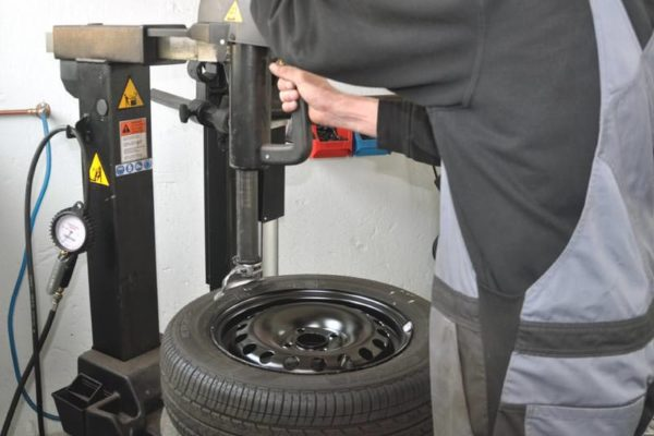 Reifen-Service Freie Kfz Werkstatt Rügen im Ostseebad Sellin