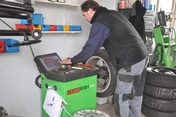 Reifenservice Uwe Friedrichs freie Kfz-Werkstatt Insel Rügen